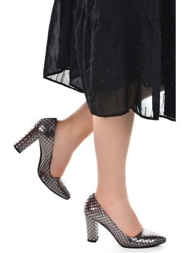 Ayakland Ayakland 137029-311 32 Pullu 8 Cm Topuk Bayan Ayakkabı Gri